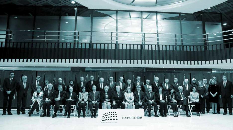 Cuarenta años de Constitución (o de la tercera España y de la superación del duelo a garrotazos)